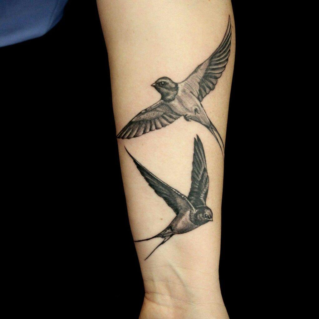 Hình xăm đẹp nhất về đôi chim én