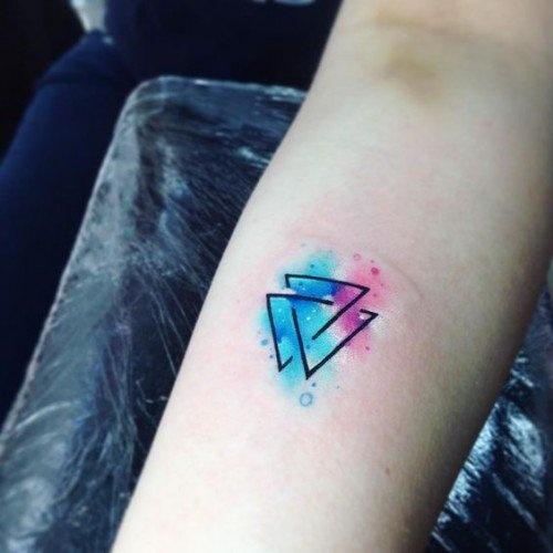 Hình xăm tam giác đẹp