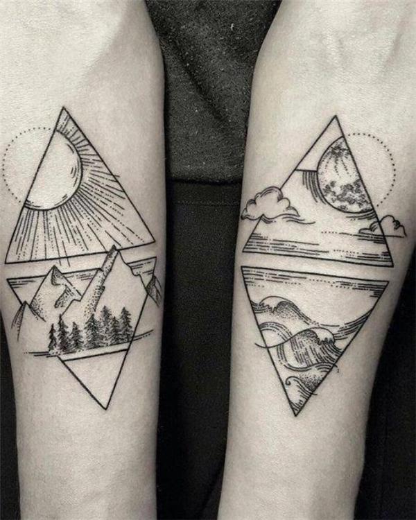 Hình xăm tam giác ở cánh tay
