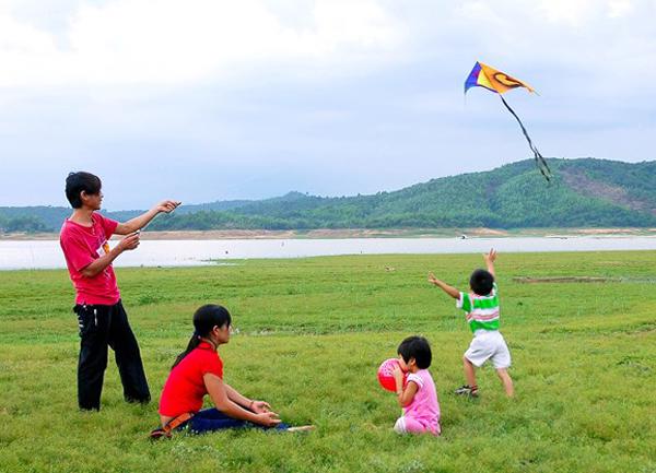 Hình ảnh kì nghỉ hè của tuổi thơ