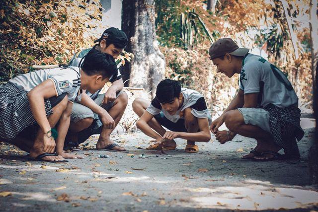 Hình ảnh mùa hè tuổi thơ