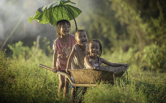 Hình ảnh tuổi thơ nông thôn