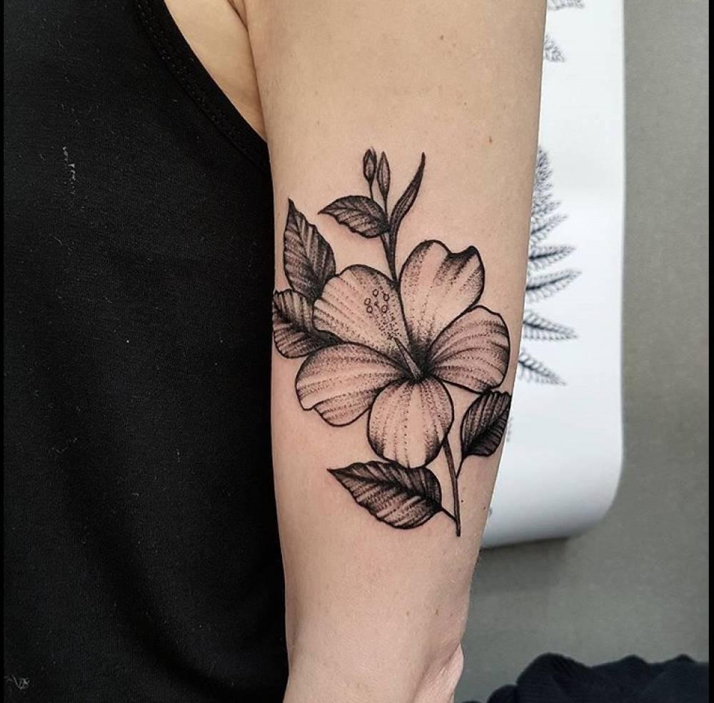 Hình xăm bông hoa nở rộ đẹp