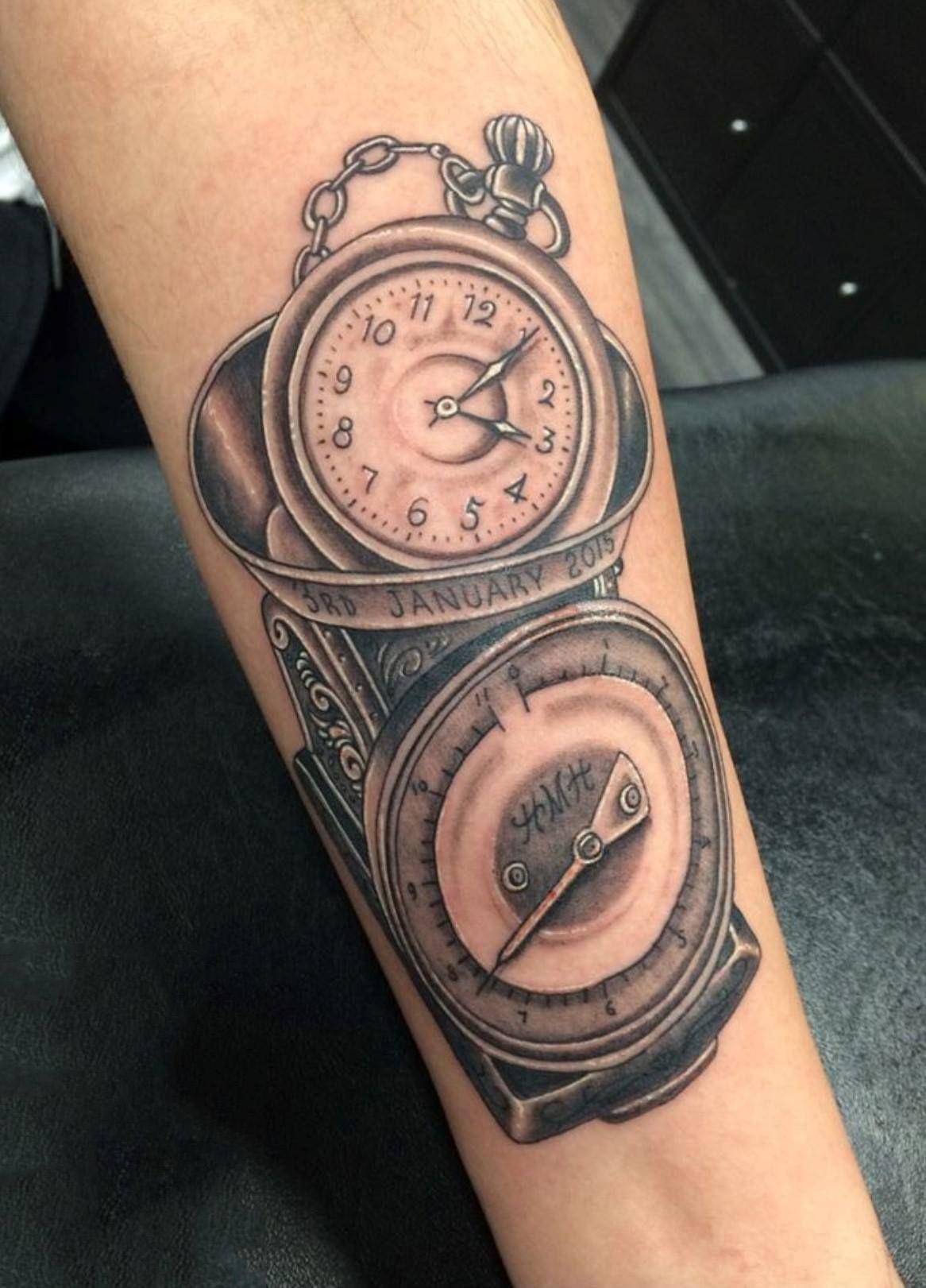Hình xăm đồng hồ thế kỉ
