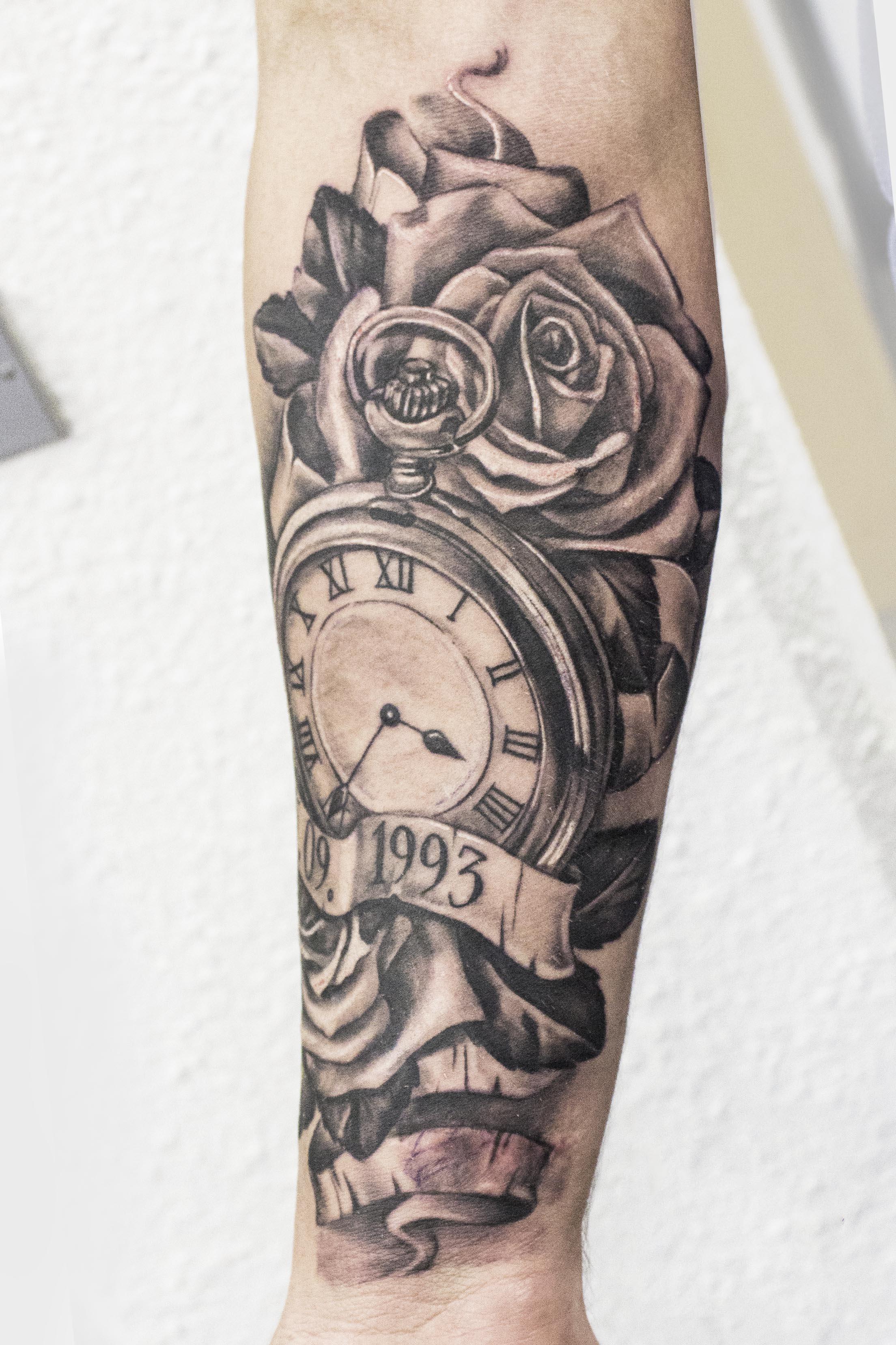 Hình xăm đồng hồ và mũi tên đẹp nhất