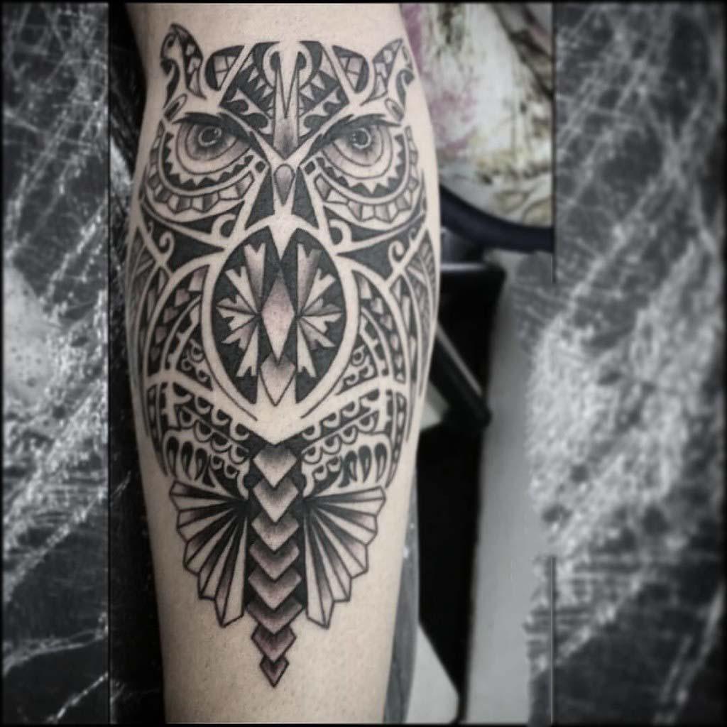 Hình xăm Maori ở cánh tay đẹp