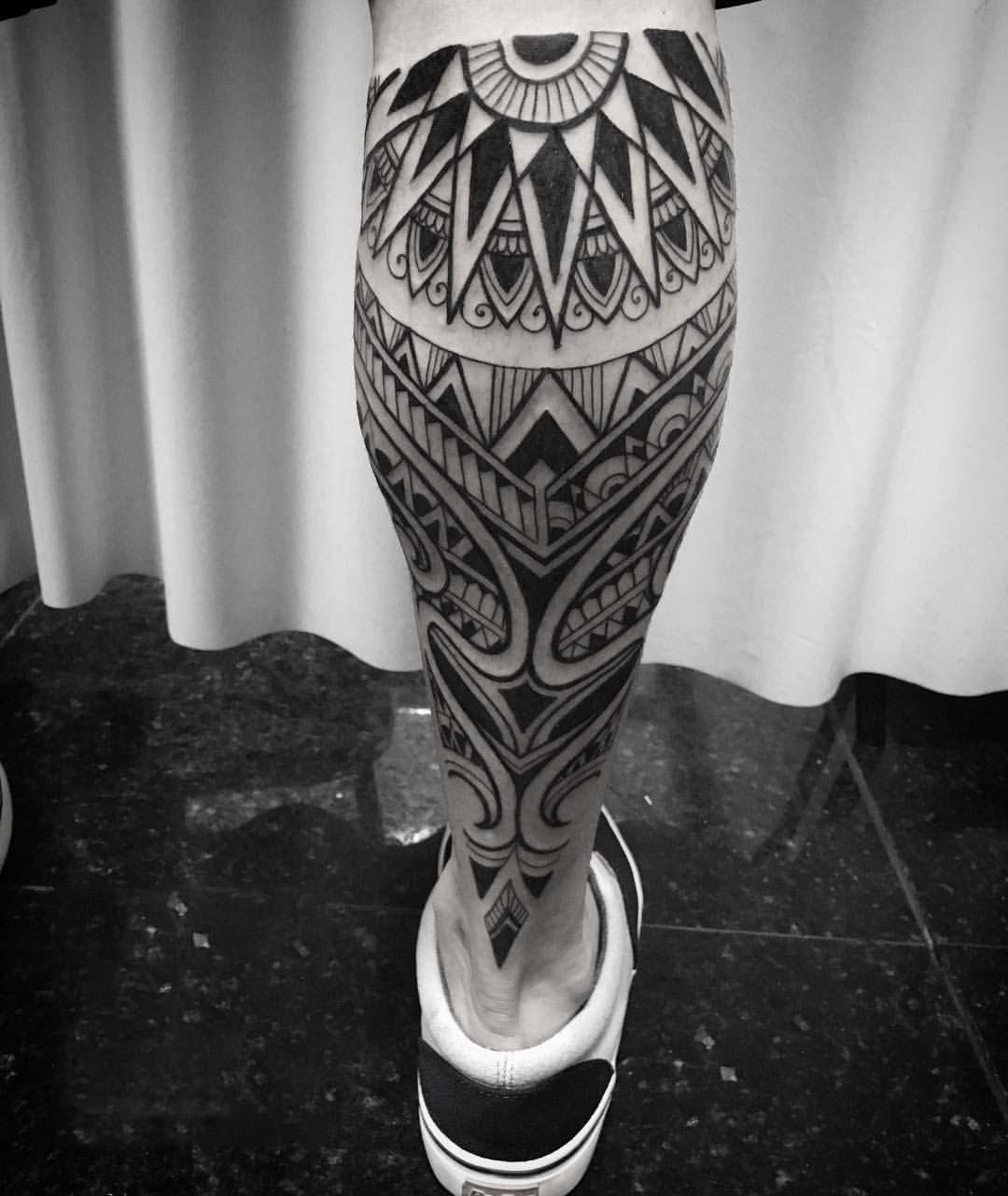 Hình xăm Maori ở chân đẹp nhất