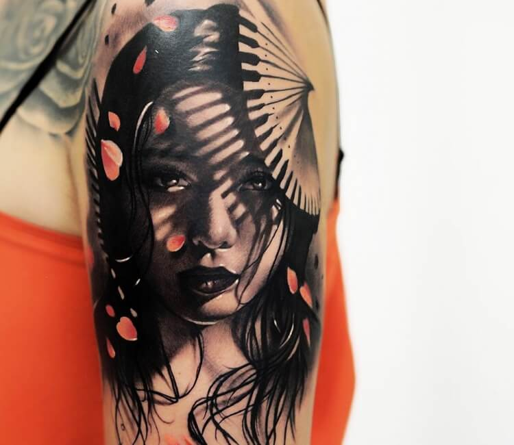 Hình xăm mặt quỷ geisha