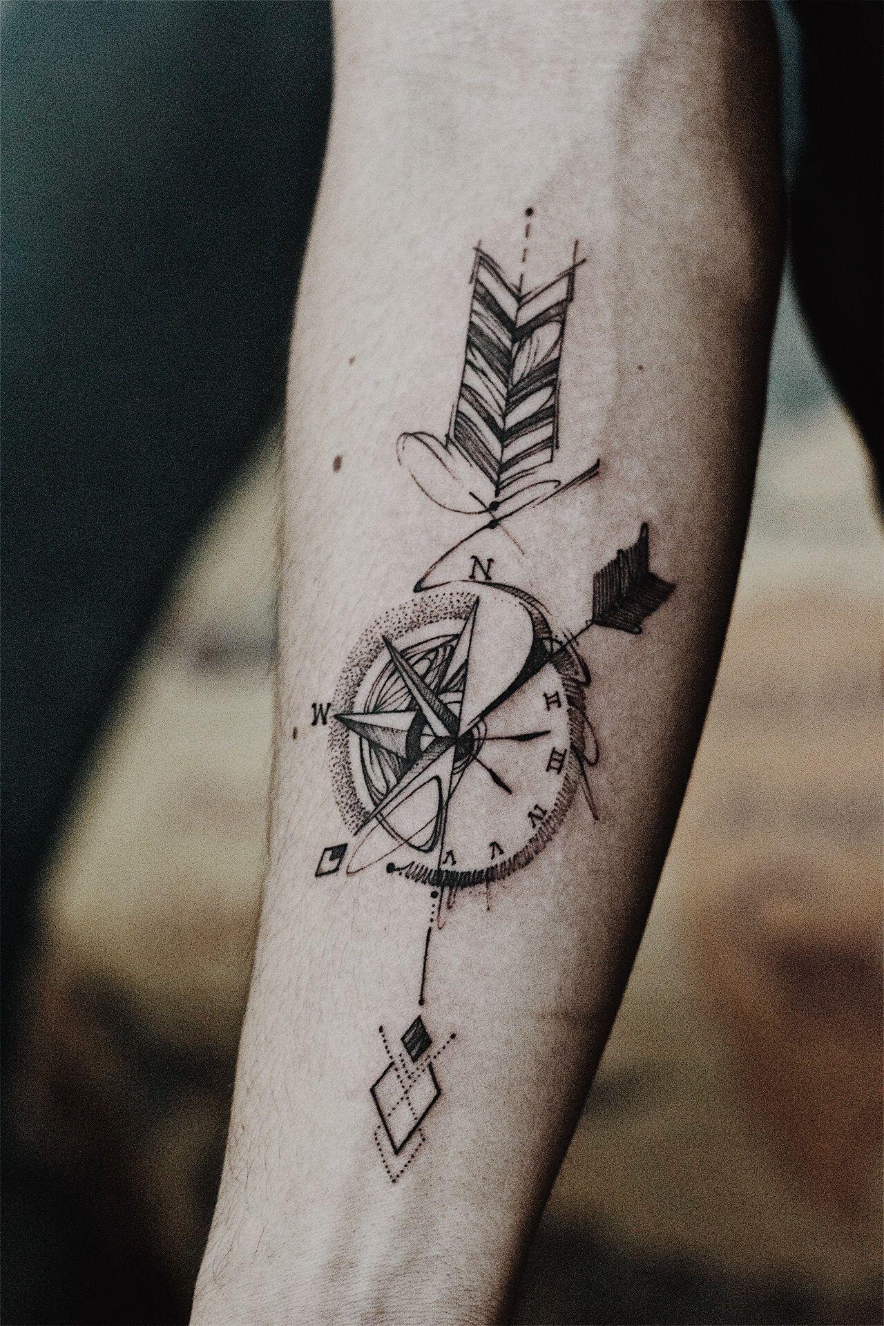 Hình xăm mũi tên cực đẹp ở cánh tay