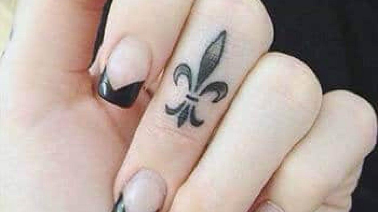 Hình xăm trên ngón tay cho nữ