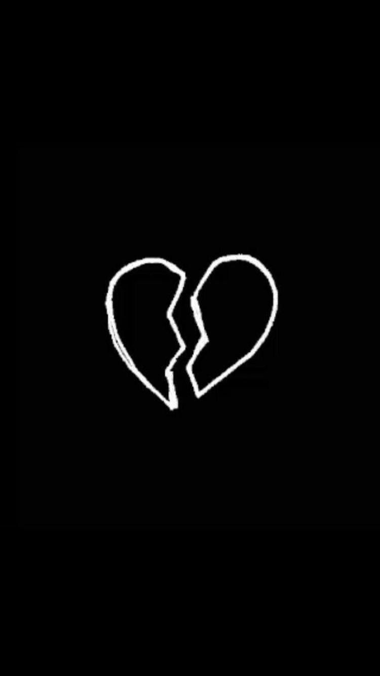 Ảnh trái tim buồn đen trắng