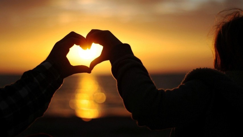 Hình ảnh hạnh phúc trong tình yêu