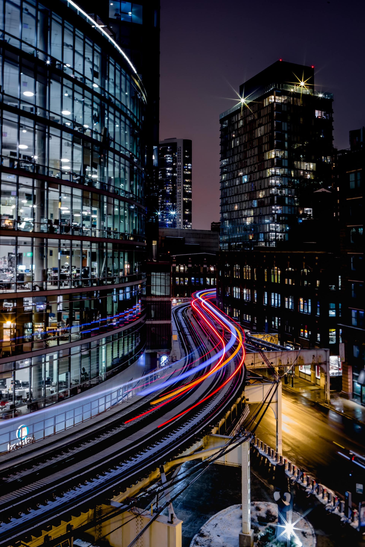 Thành phố lung linh về đêm