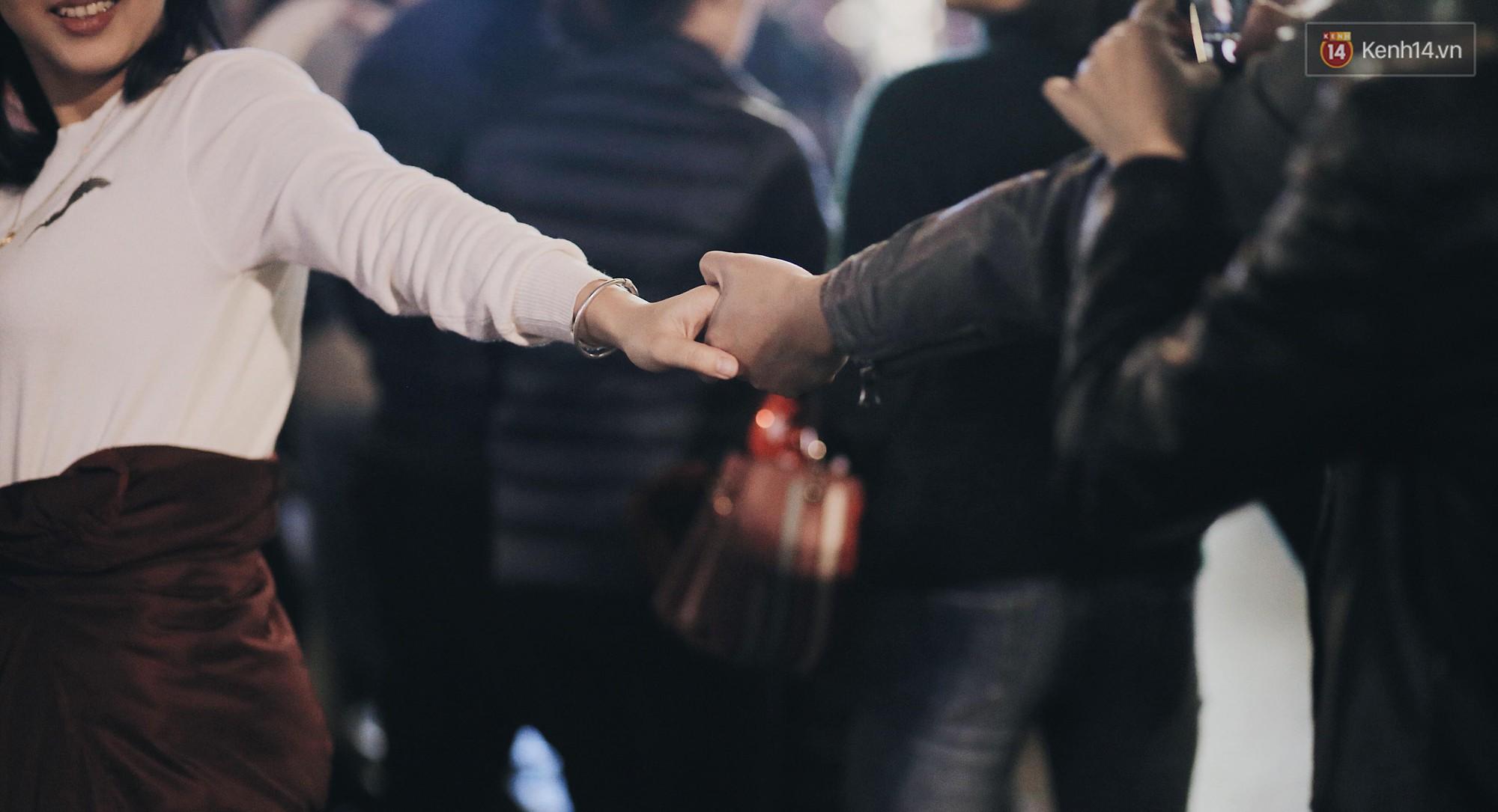 Ảnh đẹp tay nắm tay