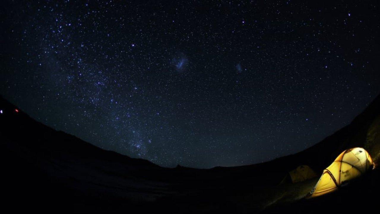 Hình ảnh bầu trời đêm HD