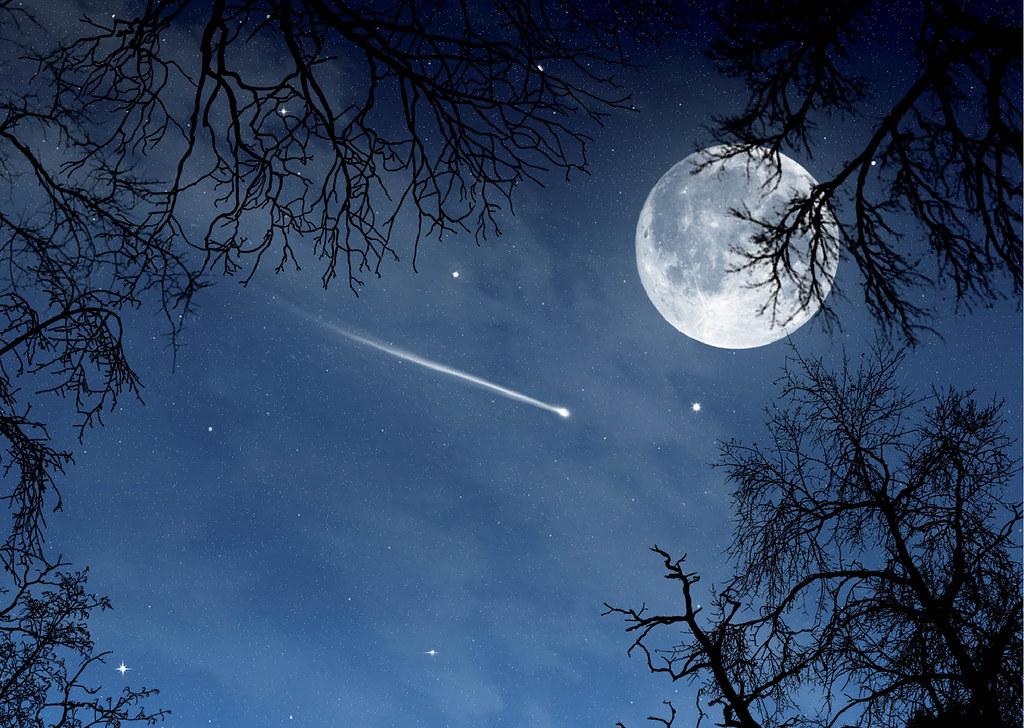 Hình ảnh bầu trời đêm trăng sao