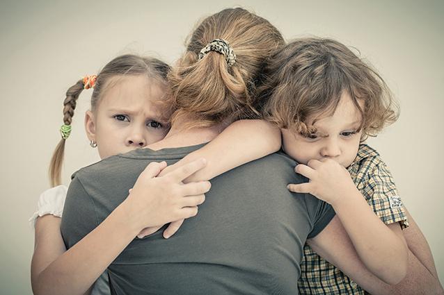 Hình ảnh về gia đình buồn