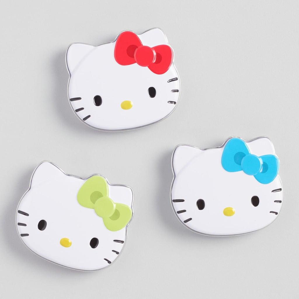 Ba huy hiệu Hello Kitty xinh xinh