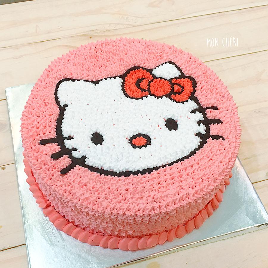 Bánh gato Hello Kitty hồng rất đẹp