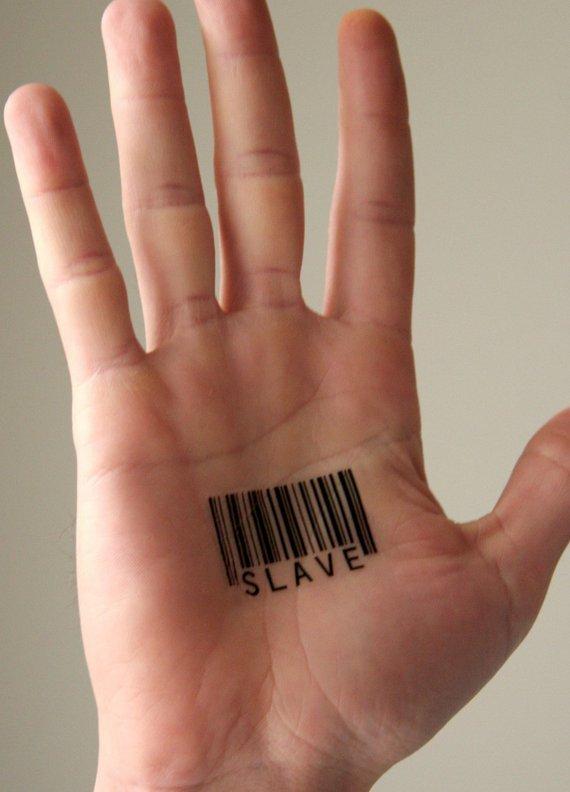 Hình xăm mã vạch trên lòng bàn tay