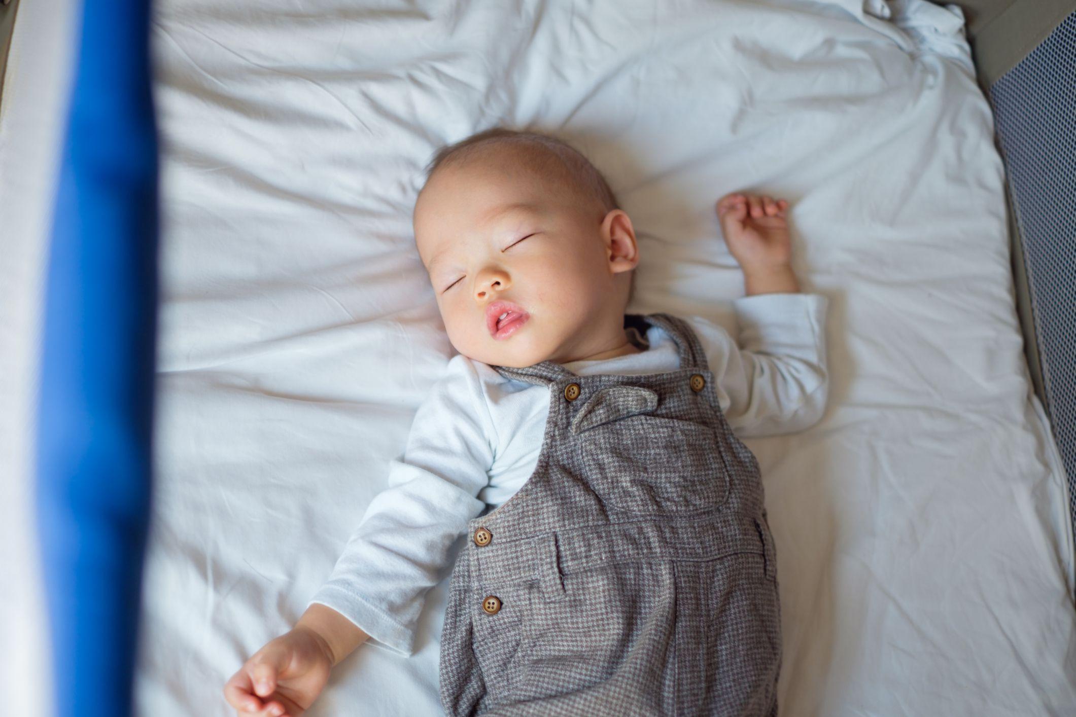 Hình ảnh buồn ngủ dễ thương