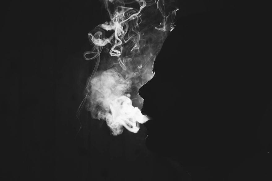 Hình ảnh khói trắng
