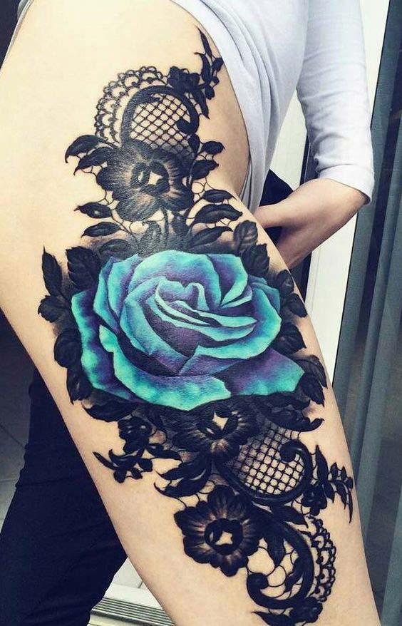 Hình xăm hoa hồng xanh trên đùi