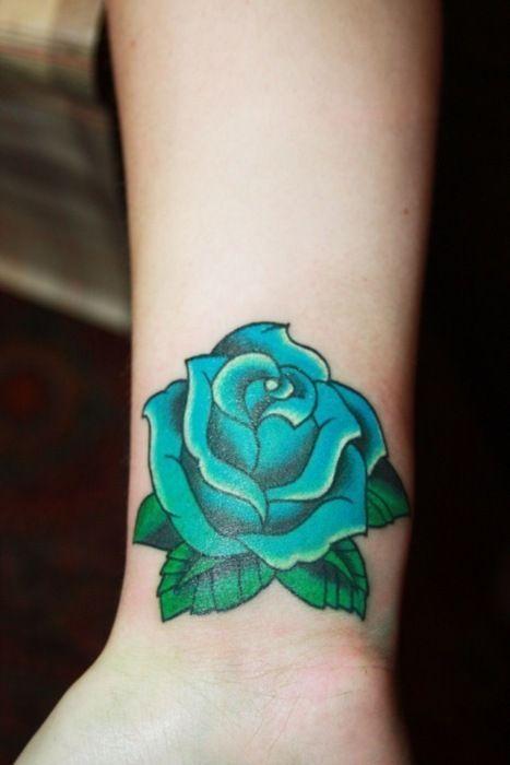 Mẫu hình xăm bông hồng xanh ngọc