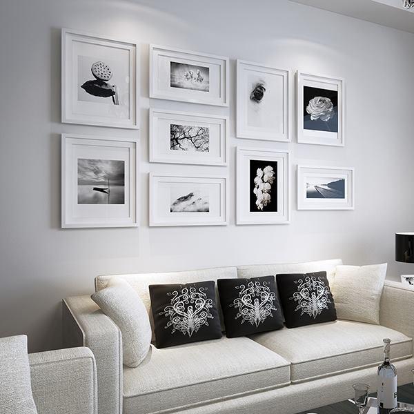 Mẫu trang trí phòng khách với khung tranh