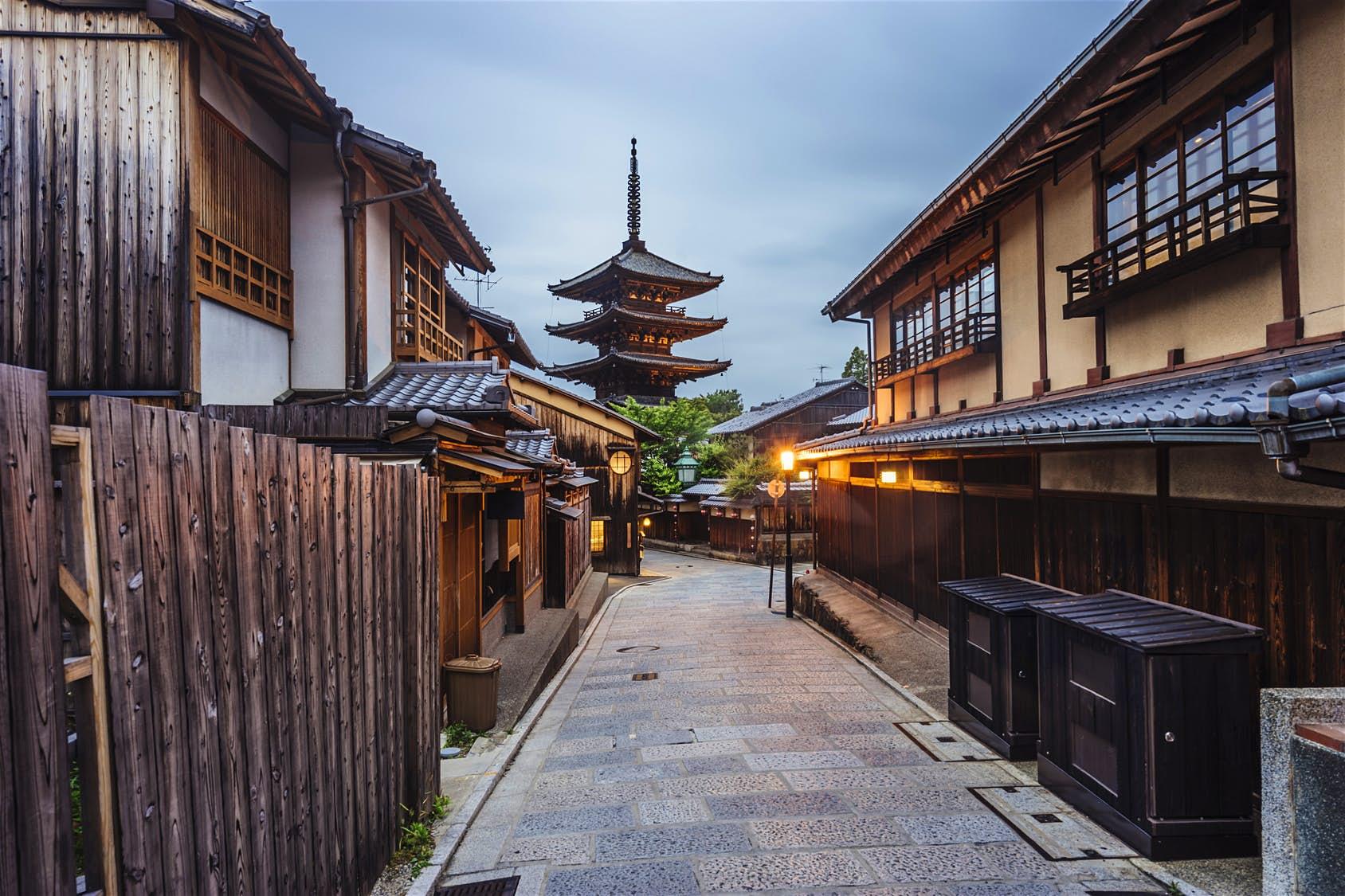 Du lịch Nhật Bản tới những nơi có cảnh sát tươi đẹp