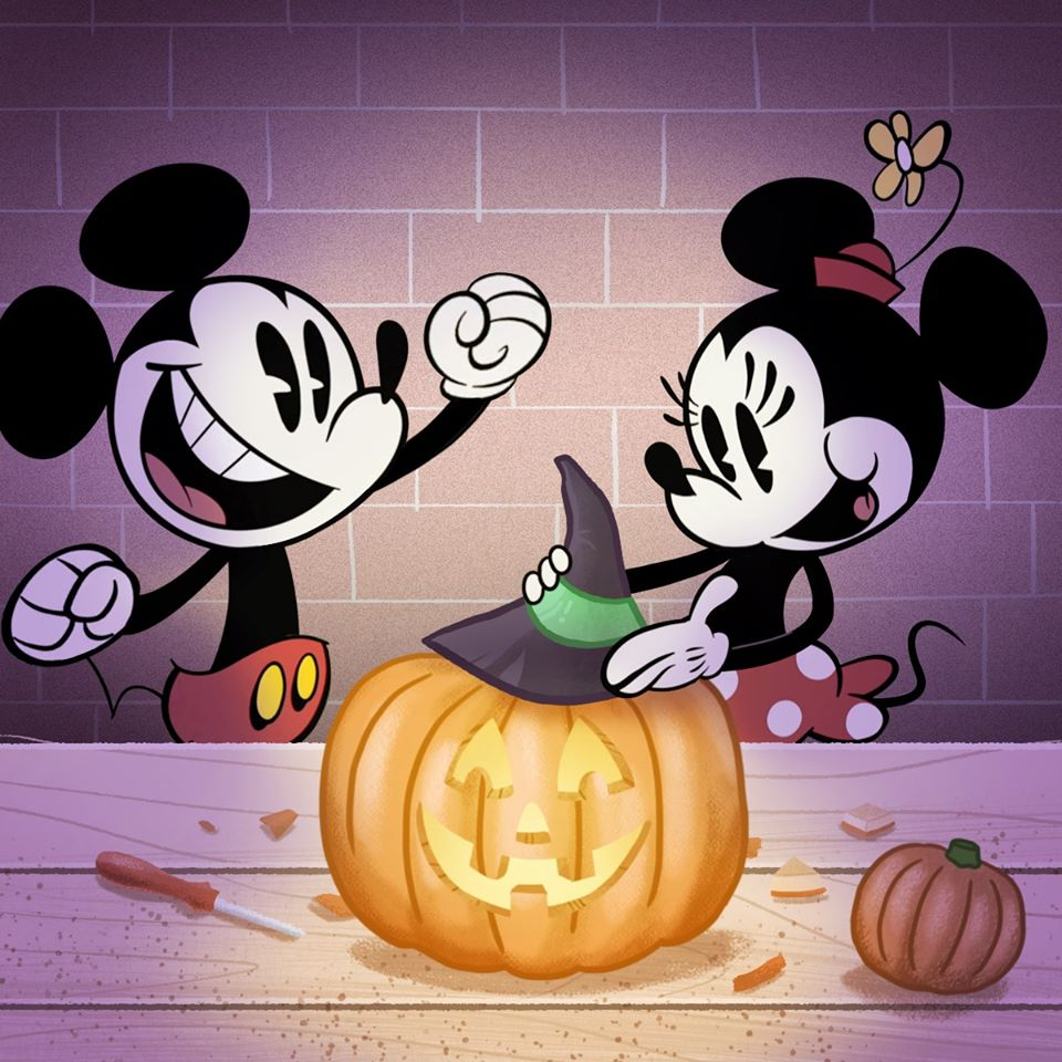 Chuột Mickey cùng bạn gái chuẩn bị lễ Halloween