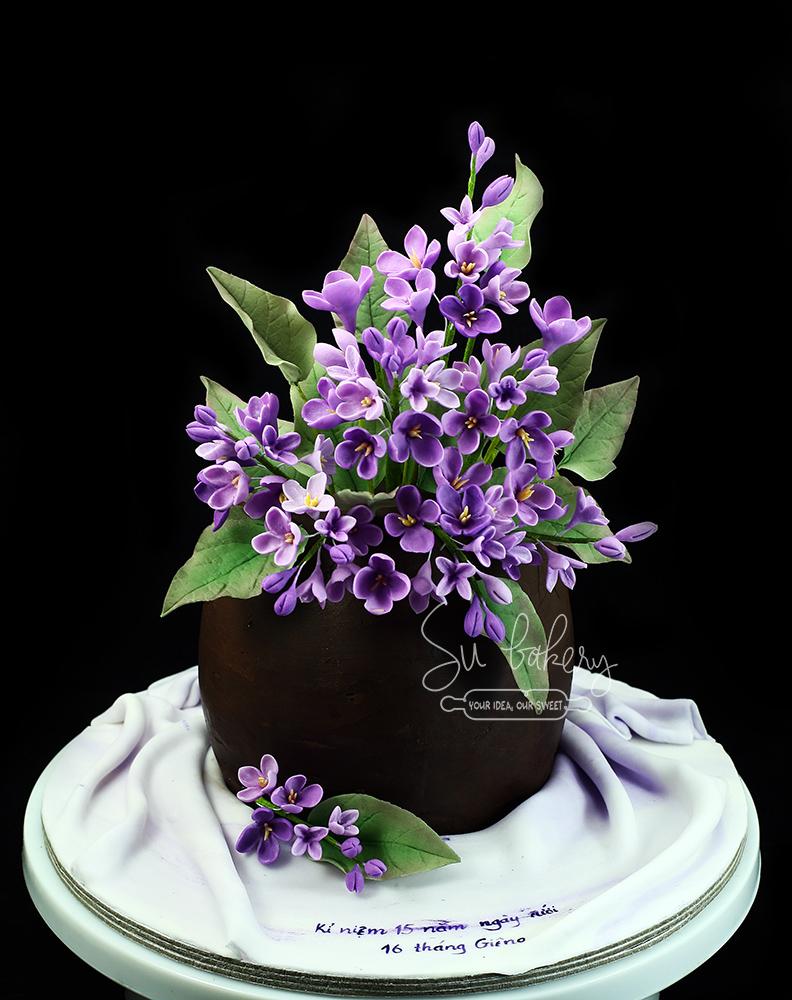 Lọ hoa tử đinh hương