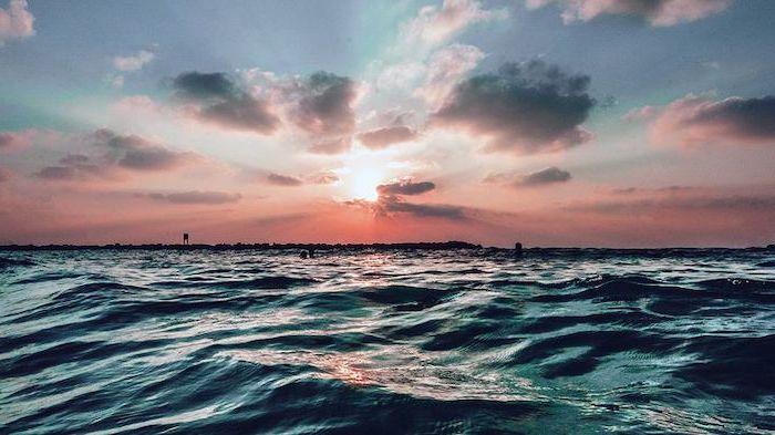 Trời biển tươi đẹp vào mùa hè