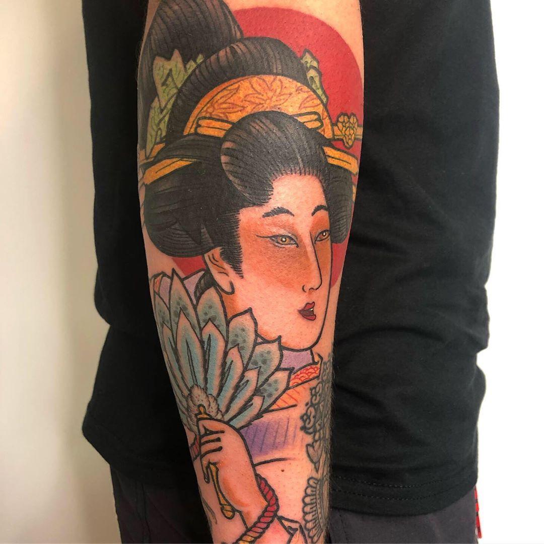 Hình xăm cô gái Geisha đơn giản cực đẹp