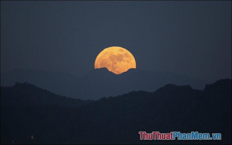 Ghen với trăng