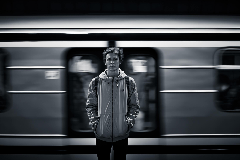 Hình ảnh chàng trai buồn cô đơn đẹp nhất