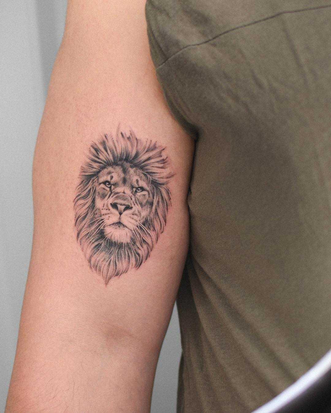 Hình xăm sư tử nhỏ mini đẹp nhất