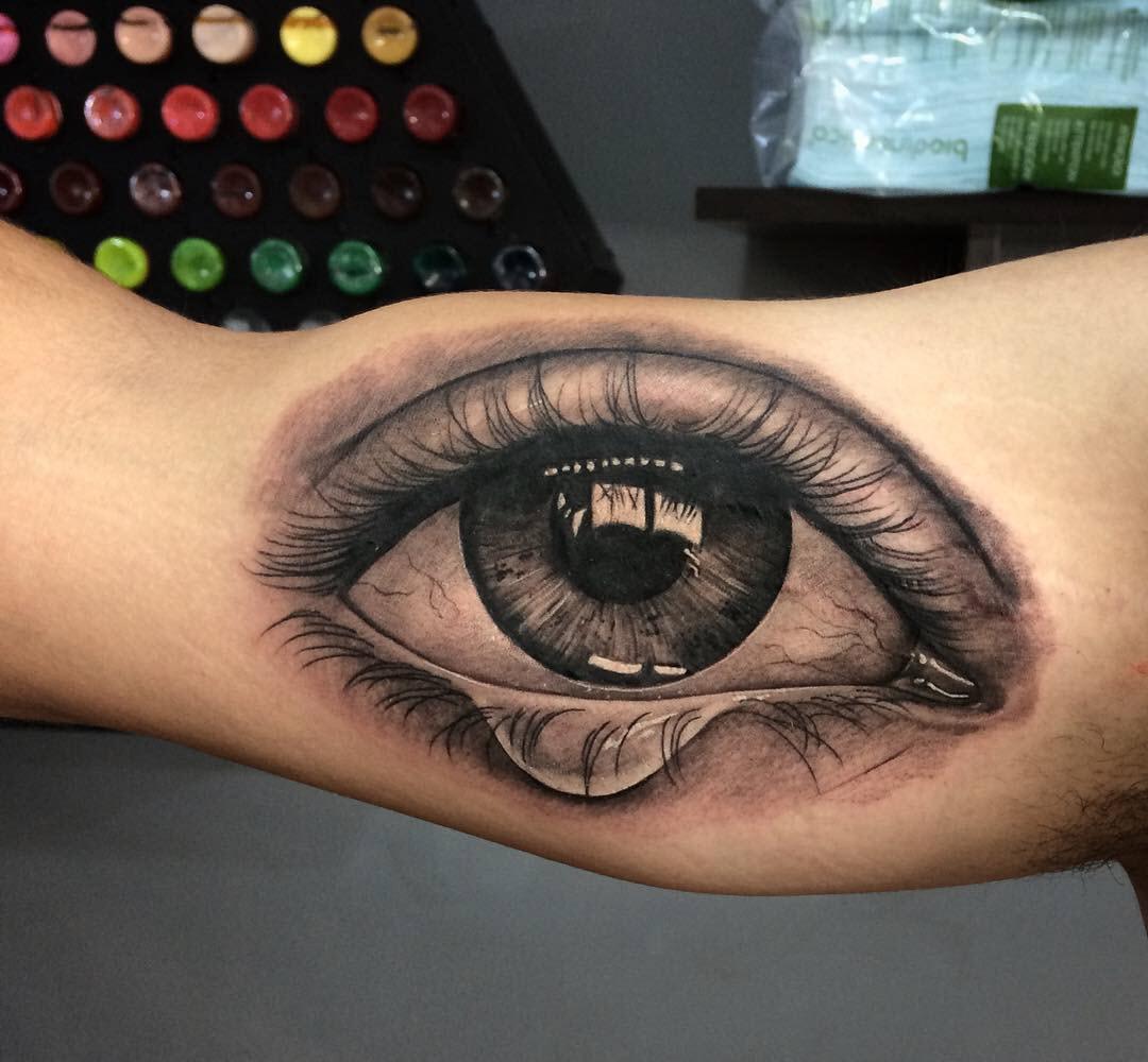 Xăm hình con mắt khóc