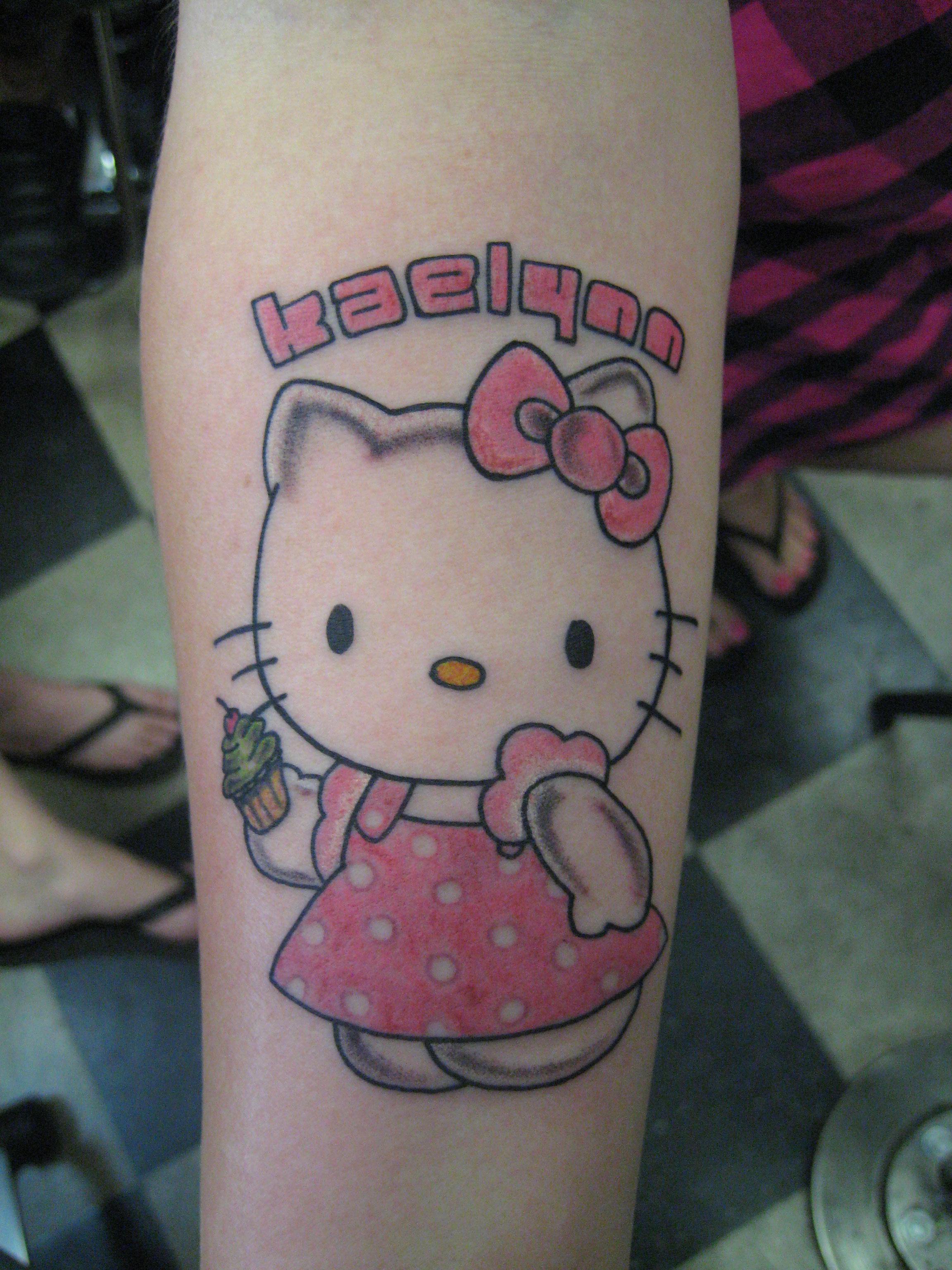 Xăm hình Hello Kitty đẹp và đáng yêu nhất