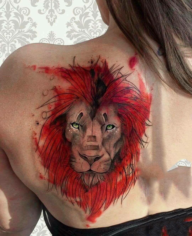Xăm hình sư tử ở sau vai đẹp
