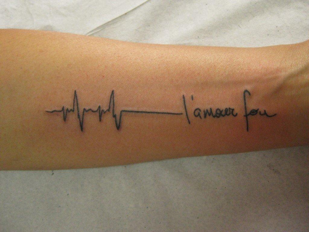 Xăm nhịp tim ở cổ đẹp nhất