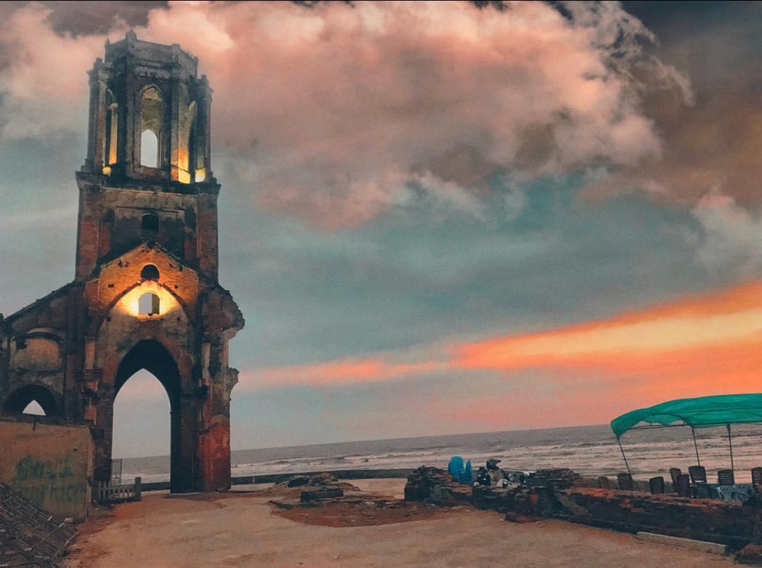 Hình ảnh bình minh ở nhà thờ Đổ tại Nam Định