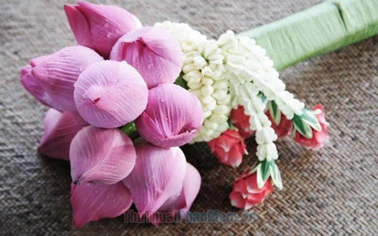 Những mẫu cắm hoa sen đẹp nhất