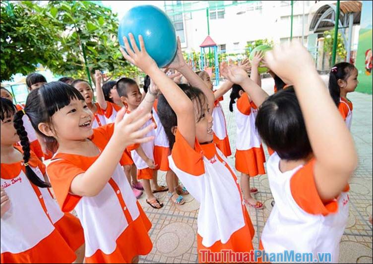 Trò chơi chuyền bóng
