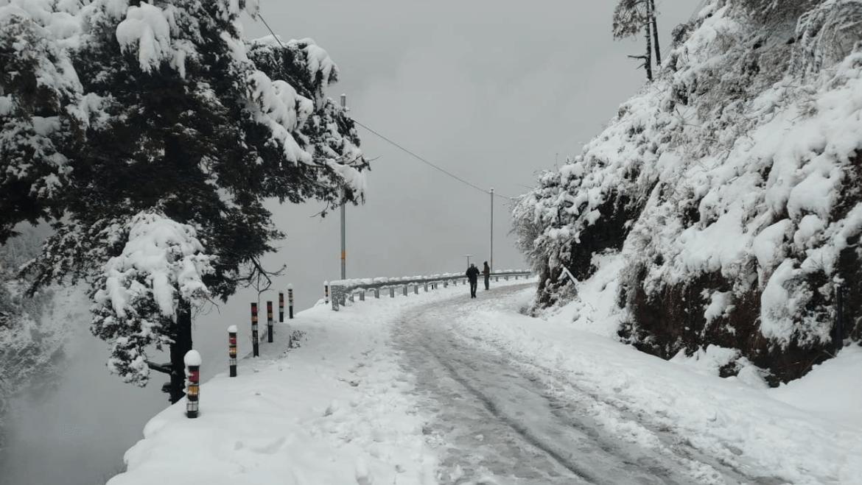 Hình ảnh tuyết rơi