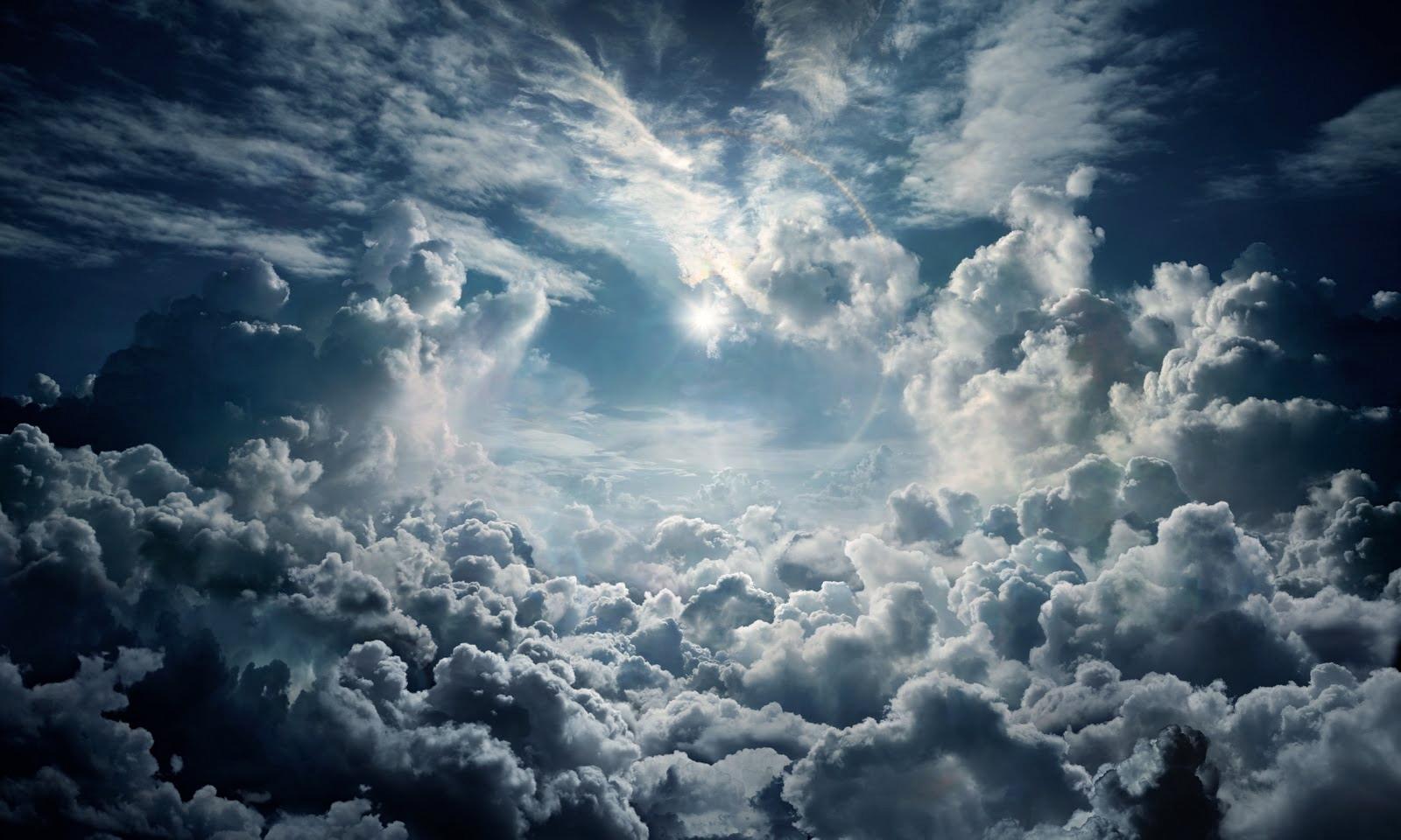 Hình ảnh cụm mây đen rất đẹp