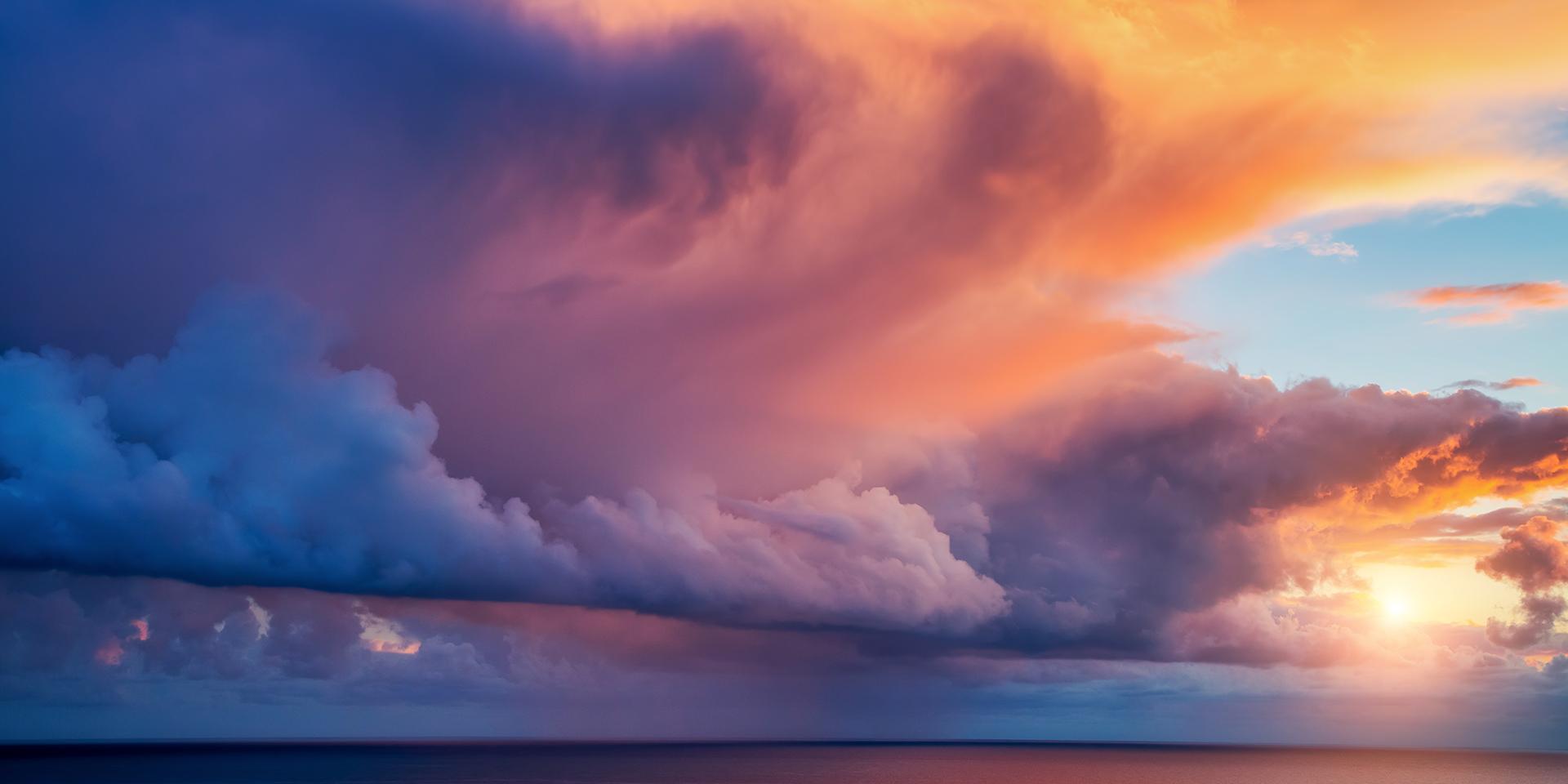 Hình ảnh lớp mây cuộn sóng rất đẹp