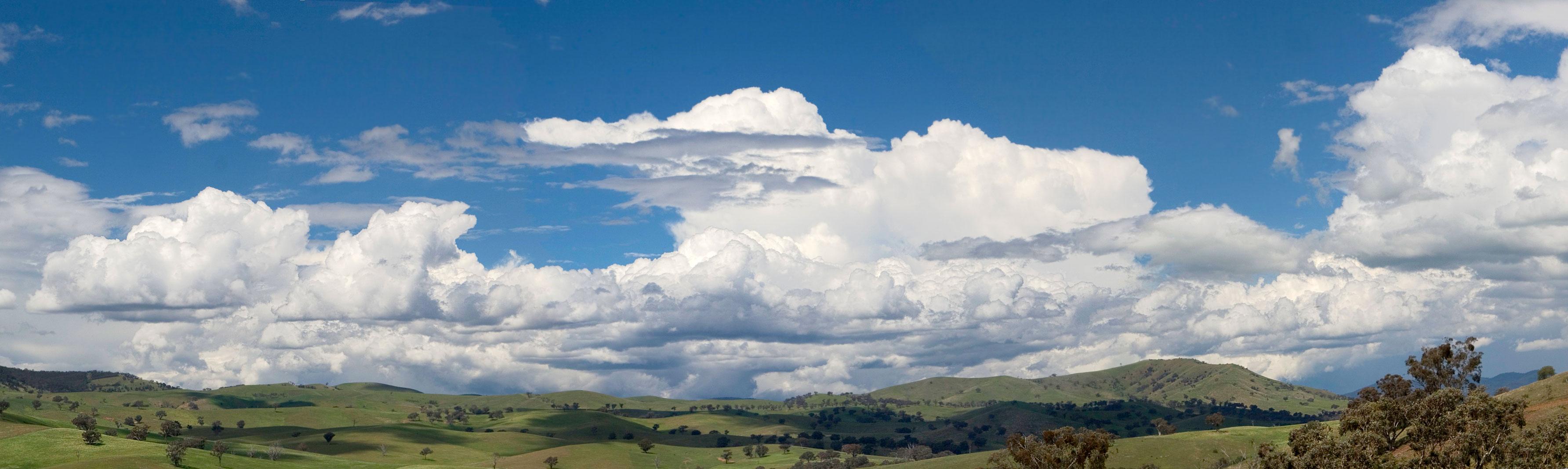 Hình ảnh những tầng mây trên thảo nguyên