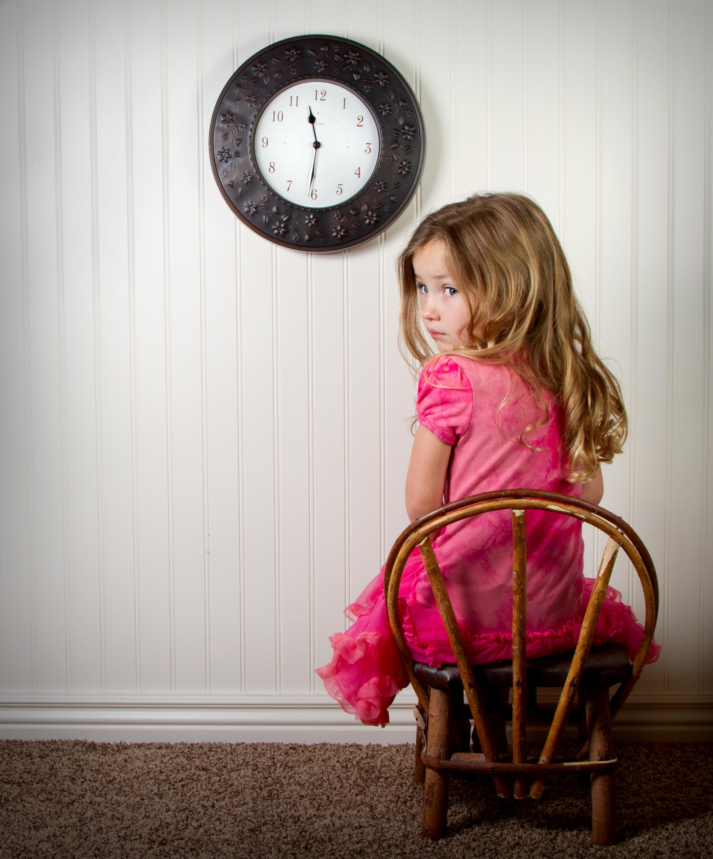 Hình ảnh trẻ em bé gái áo hồng