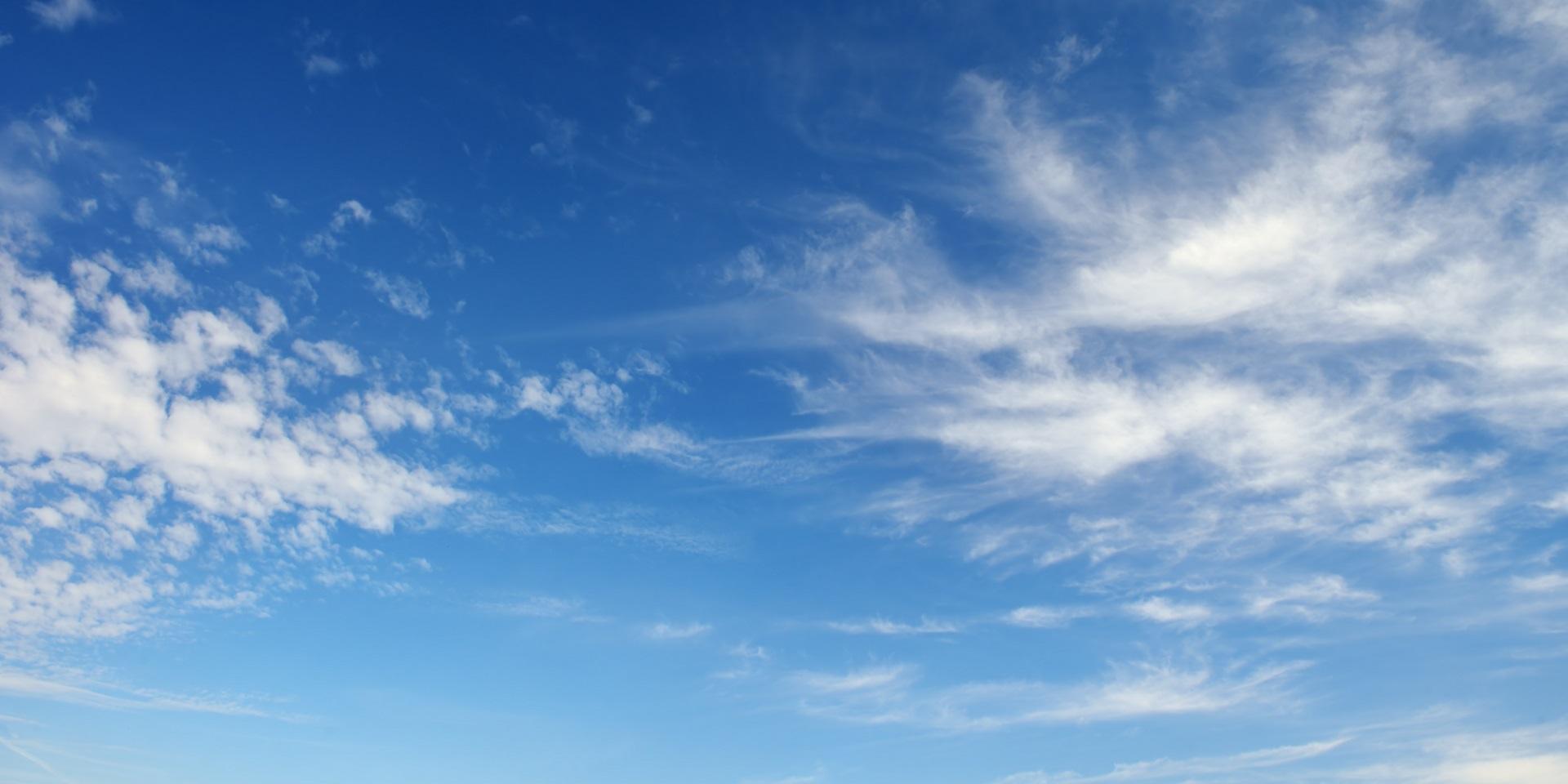 Hình ảnh trời mây trên bầu trời